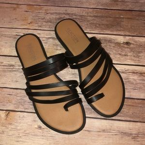 Reaction Kenneth Cole || Strappy Flat Sandals 7